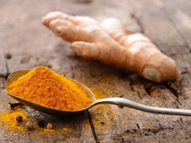 Kurkumával az egészségért – lássuk, mi mindenre jó a csodás aranysárga fűszer