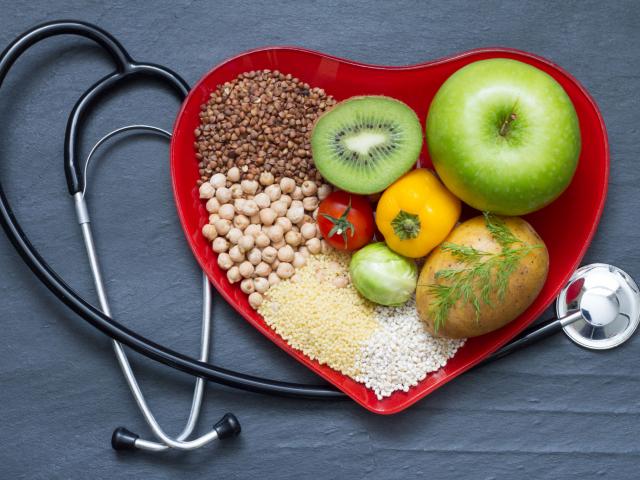 Magas koleszterinszint? Válasszuk az alábbi snackeket tízóraira és uzsonnára!
