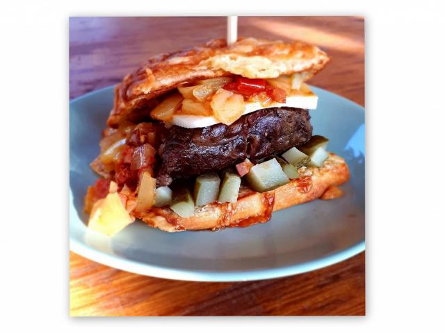 Így készül a FoodTruck Show-nyertes mangalicaburger