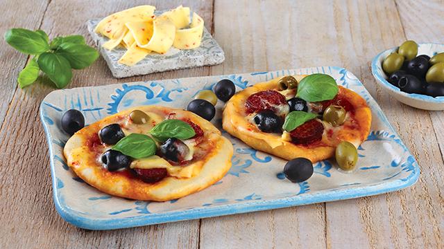 Minipizzák szeletelt Paprikás Ammerländer sajttal