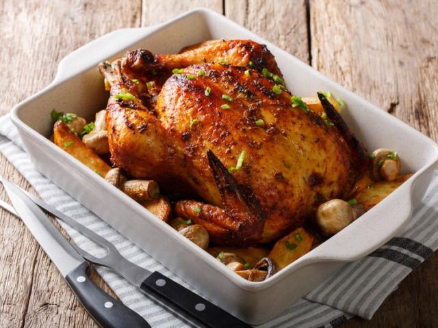 Meddig áll el a sült csirke a hűtőszekrényben?