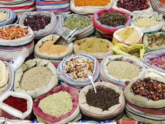 Ízesíts közel-keleti módra! Ilyen csodás kincseket rejtenek a híres fűszerbazárok