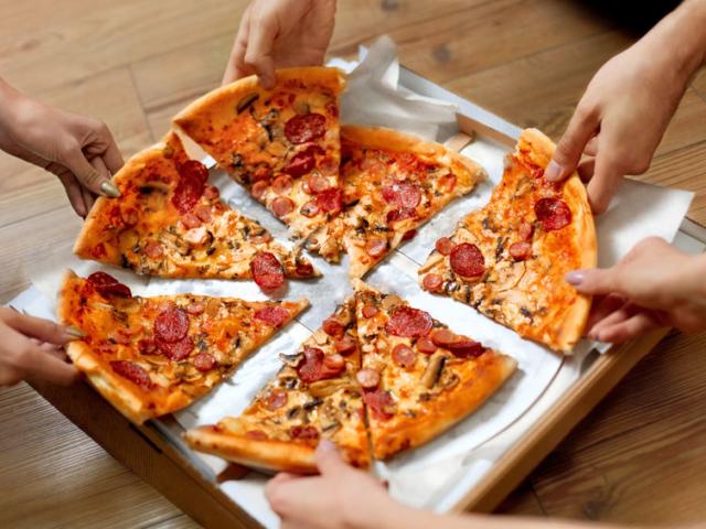 Ma van a pizza világnapja! Tudtad, hogy Magyarországon minden negyedik házhoz rendelt étel pizza?