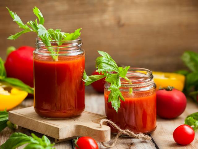 5 szuper receptötlet a kamrában pihenő paradicsomkonzervhez