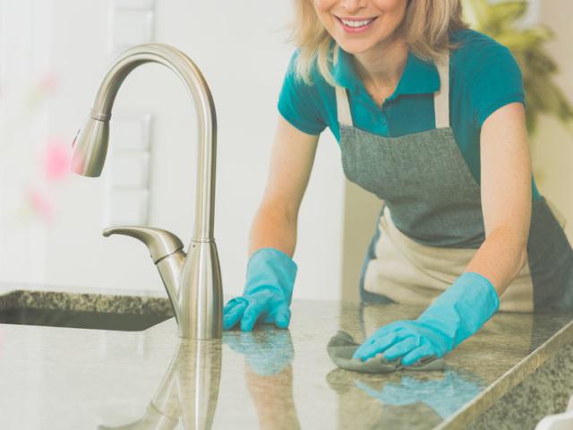 """""""Csak"""" tiszta vagy baktériummentes is a konyhád? Ha igennel válaszolsz valamennyi kérdésre, jó eséllyel szállsz harcba a kórokozókkal"""