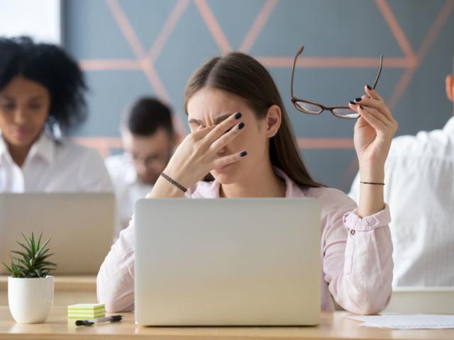 Hajlamos vagy a migrénre? Ez a 8 étel segít enyhíteni a kínzó fájdalmat
