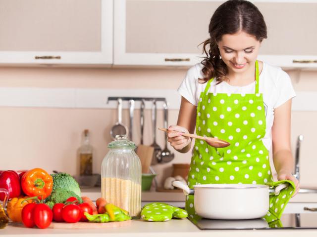 Erre tanított a karantén időszaka – kreatívak és megfontoltak lettünk a konyhában