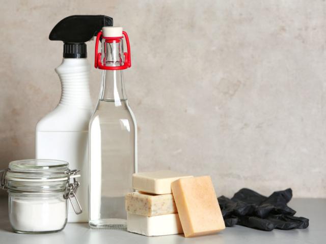 7 szuper tipp, ha ecettel takarítanál