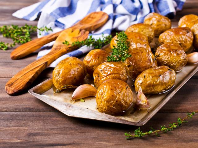 Újra itt az újkrumpli! Fűszerezd, ízesítsd bátran, mutatunk 10 finom ízkombinációt