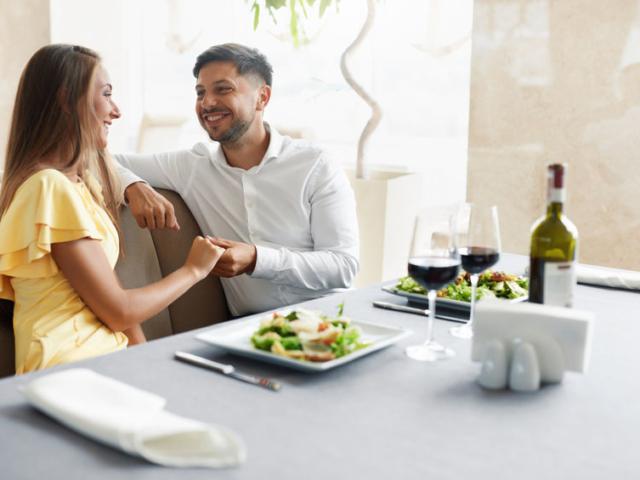 Szoktál salátát rendelni az étteremben? Ha diétázol, nem biztos, hogy jó választás