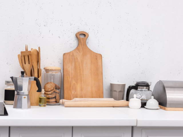 Nyaralás az apartmanban – mit vigyünk magunkkal a konyhából?
