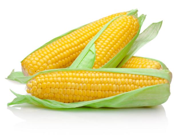 Hogyan főzzünk csöves kukoricát a mikrohullámú sütőben?