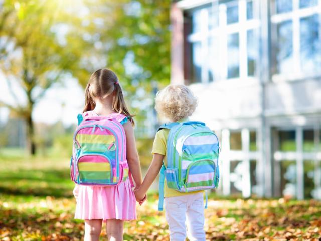 Környezettudatos sulikezdés: hogyan csökkenthető az oktatási hulladék?