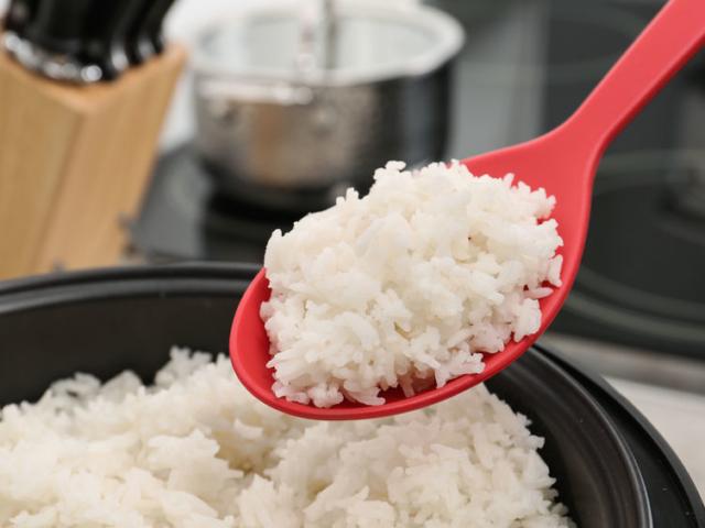 Meddig tárolhatjuk a hűtőszekrényben a maradék rizst?