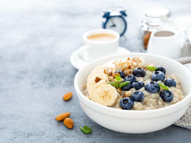 5 okos ötlet, hogy reggelire több fehérjét fogyasszunk – tojás nélkül