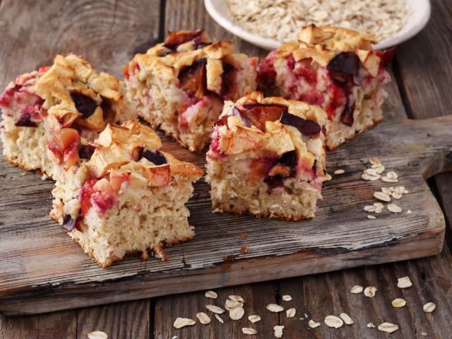 Őszi zabos-gyümölcsös sütemény