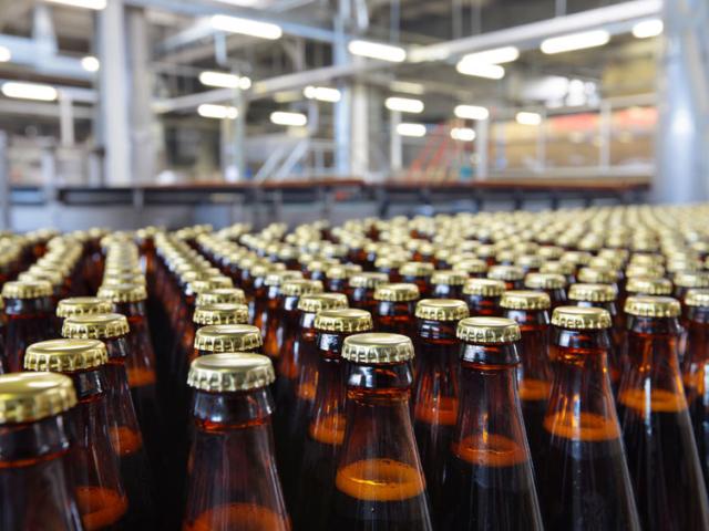 Tudod, miért barna vagy zöld a sörös üvegek túlnyomó többsége?