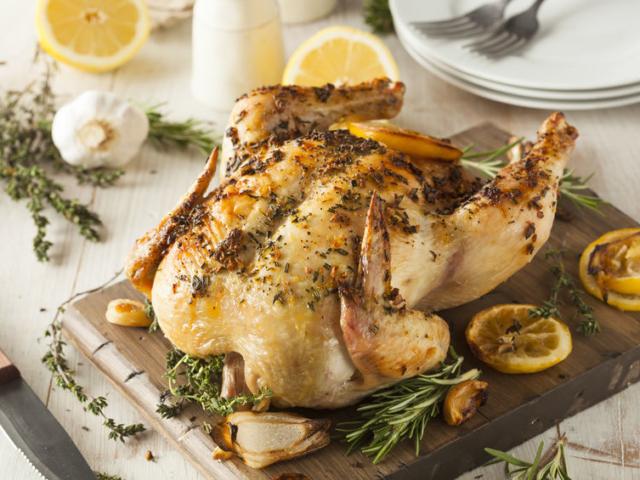 Hogyan használhatjuk fel a sült csirkénket az utolsó morzsáig?