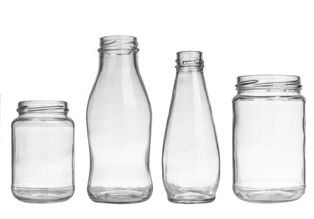A rizs és az ecet kombinációja segít tisztára varázsolni az üveg edényeket