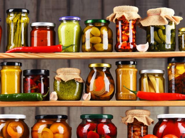 Koronavírus, 2. hullám – a késő ősz és a tél friss élelmiszerei jól tárolhatók. Mutatjuk, mi mindennel töltheted fel a kamrád