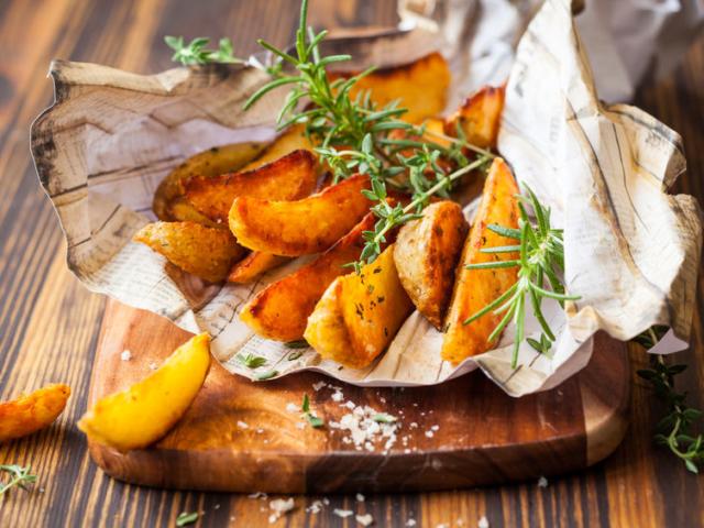 Ezért érdemes sütés előtt megfőzni a krumplit