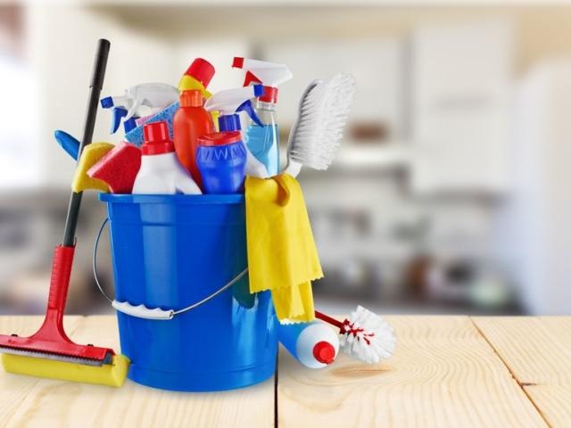 Mi mindent lehet kólával tisztítani?