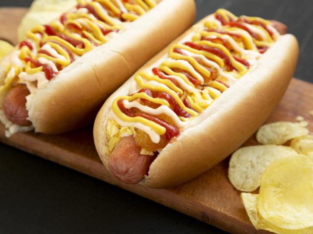 Ilyen lenne Rihanna hot dogként
