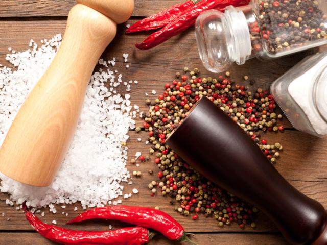Hogyan készítsünk otthon mennyei fűszermalmot?