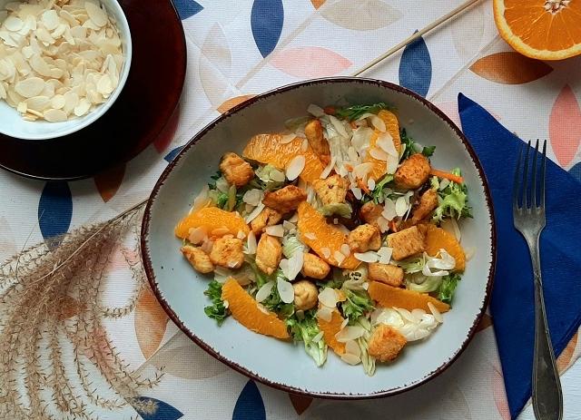 Narancsos-currys csirkesaláta