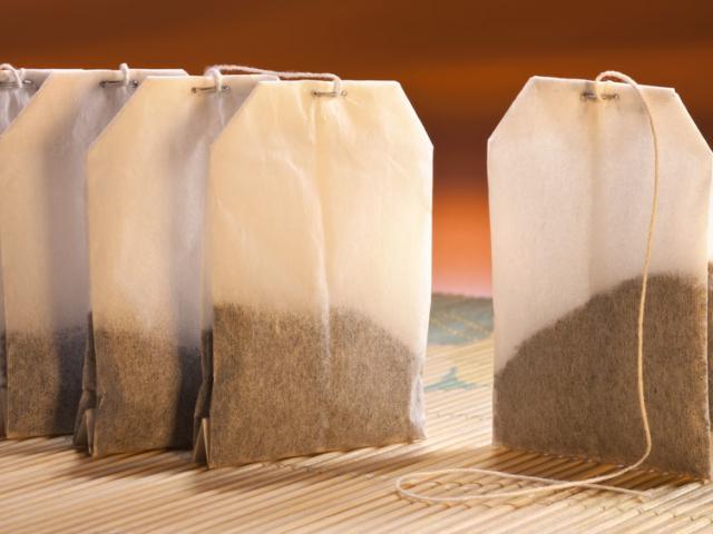 Hogyan segíthet egy teafilter a mosogatásban?