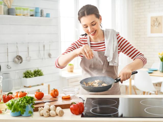 Sok kicsi sokra megy! Az alábbi apró trükkök segítenek, hogy gyerekjáték legyen a főzés