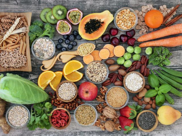 Alig eszel szénhidrátot, mégis többet mutat a mérleg? Ez lehet a kiváltó ok