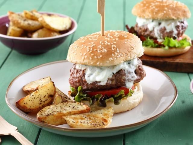 Tzatzikis hamburger