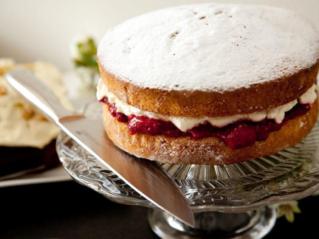Honnan kapta nevét a Viktória-torta?