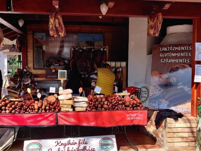 Háztáji finomságok a fővárosban is: jön a Rozmaring Pünkösdi termelői vásár