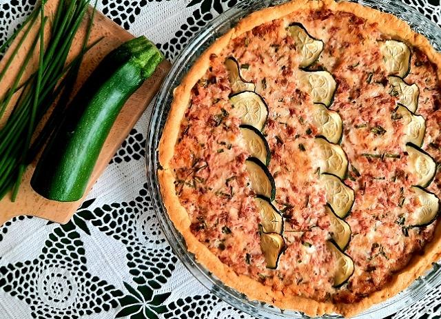 Menő sonkás pite egyszerű alapanyagokból