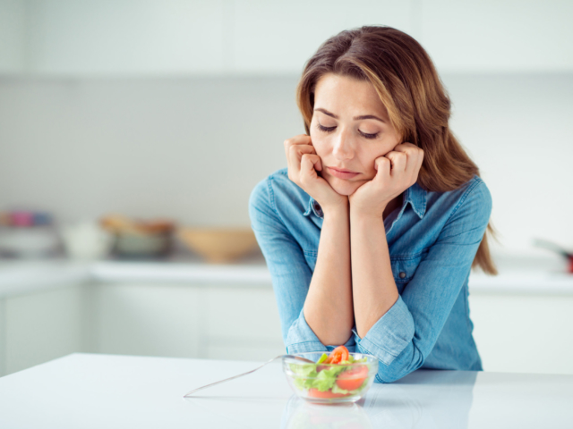 Ezek a biztos jelei annak, ha nem eszünk eleget