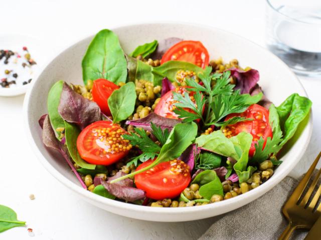 Így lesz ellenállhatatlanul finom a salátád