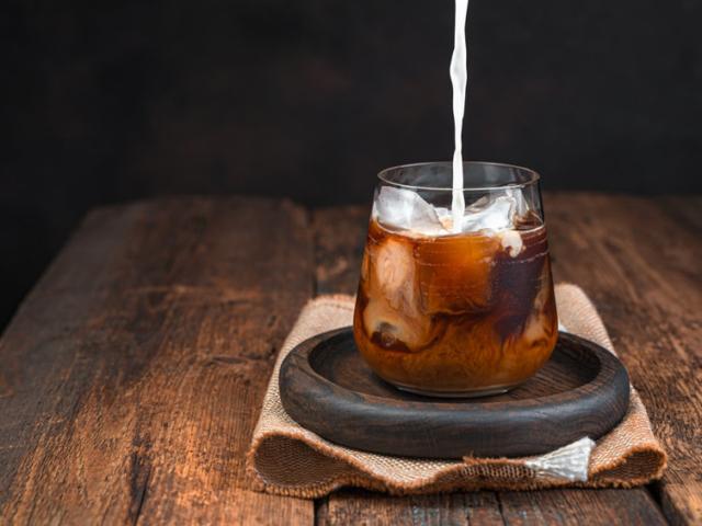 Jó hír: a kávé mégsem zavarja meg a szívritmusodat, sőt..!