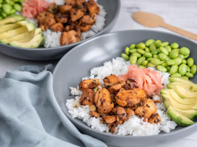 Teriyaki lazacos sushi tál