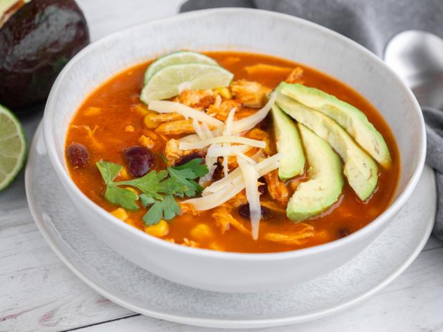 Csirkés enchilada leves