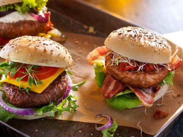 Vegánok figyelem! Íme a tökéletes vega burger alapja!